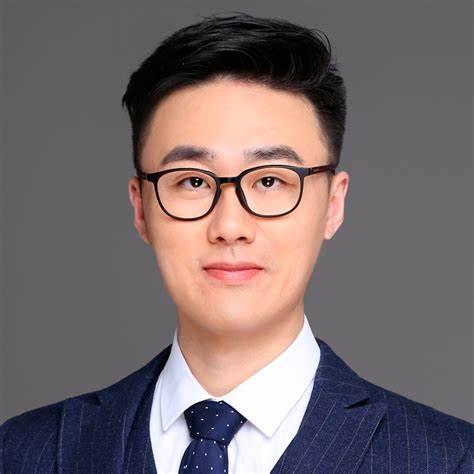 yi_zhang_picture.jpeg